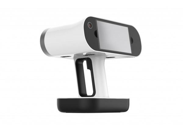 mobilny skaner 3D Artec Leo